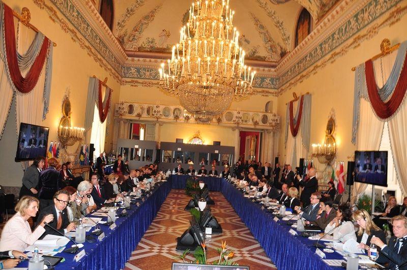 Spotkanie-Ministrow-UE-ds-Turystyki-w-Neapolu