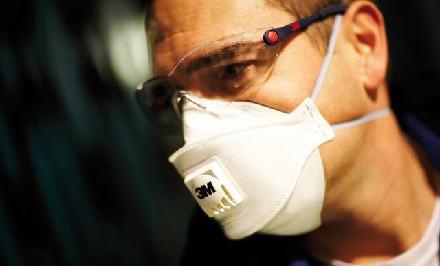 Polacy unikają noszenia sprzętu ochronnego w pracy